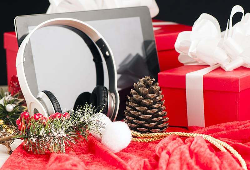 Ten Holiday Gift Ideas for Techies